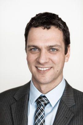 VIL GI MER EKSPORT: Senior konsulent i Thema Consulting, Marius Holm Rennesund, mener de to nye kraftkablene til Storbritannia og Tyskland vil føre til økt eksport av strøm fra Norge.