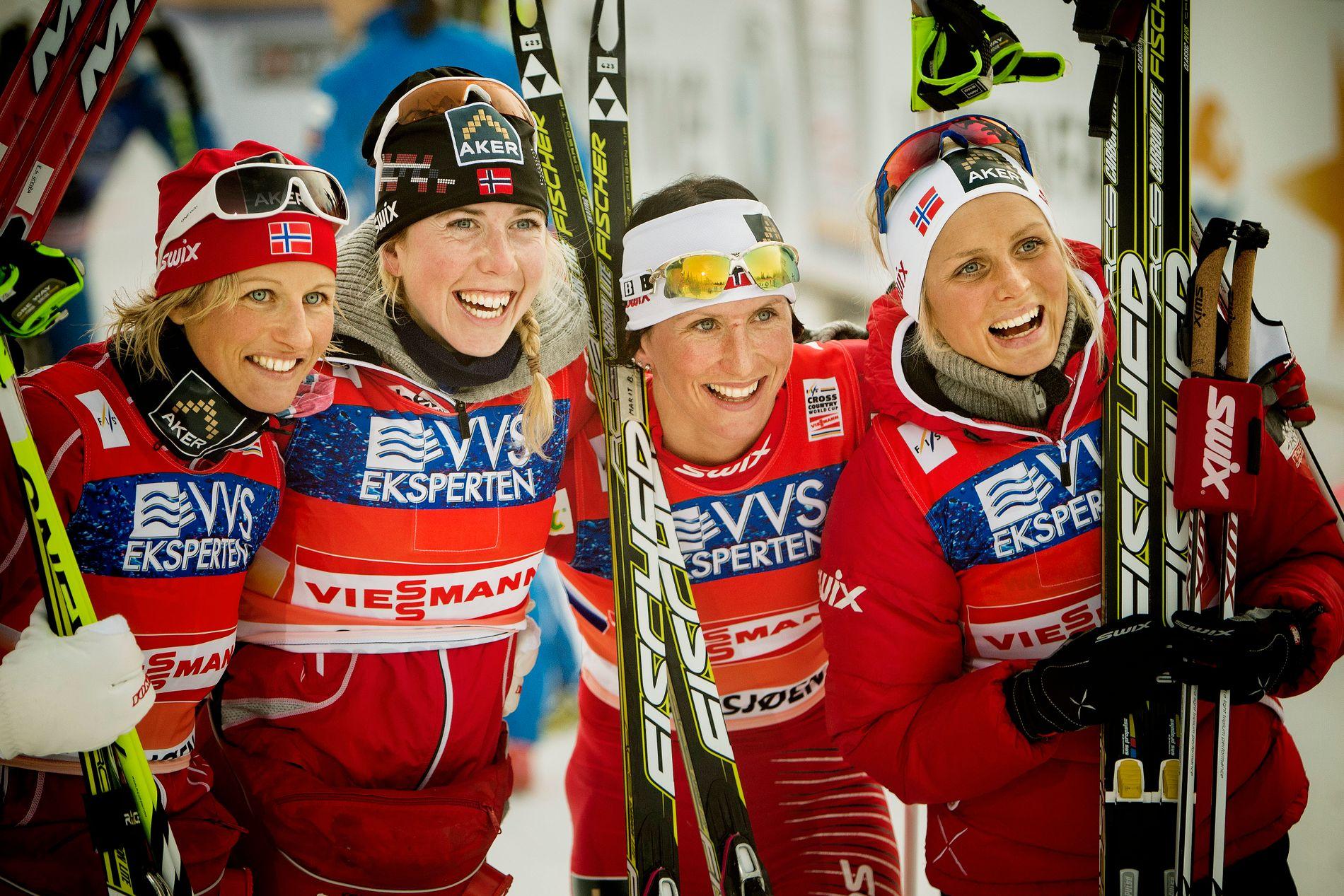 SKIHELTINNE: Vibeke Skofterud, her fra sesongstarten på Sjusjøen i 2011, sammen med Kristin Størmer Steira, Marit Bjørgen og Therese Johaug.