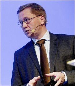KOMMER TIL NORGE: Norge har så langt ikke lagt ned veto mot noen EU-direktiv. Det betyr at de nye reglene for tobakk også vil komme til Norge, tror jusprofessor Finn Arnesen. FOTO: NTB SCANPIX