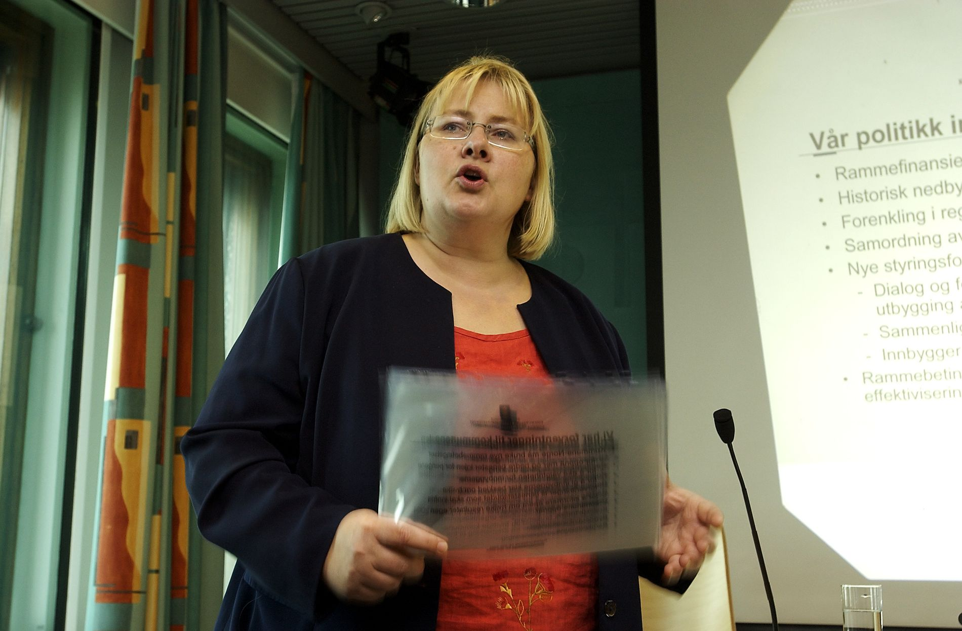 NORSK SHARIA? – I 2003 foreslo daværende kommunalminister Erna Solberg å åpne opp for shariaråd i Norge.  I dag ville det vært uhørt av en statsråd å komme med et slikt utspill, uansett farge på regjeringen, skriver Sylo Taraku.