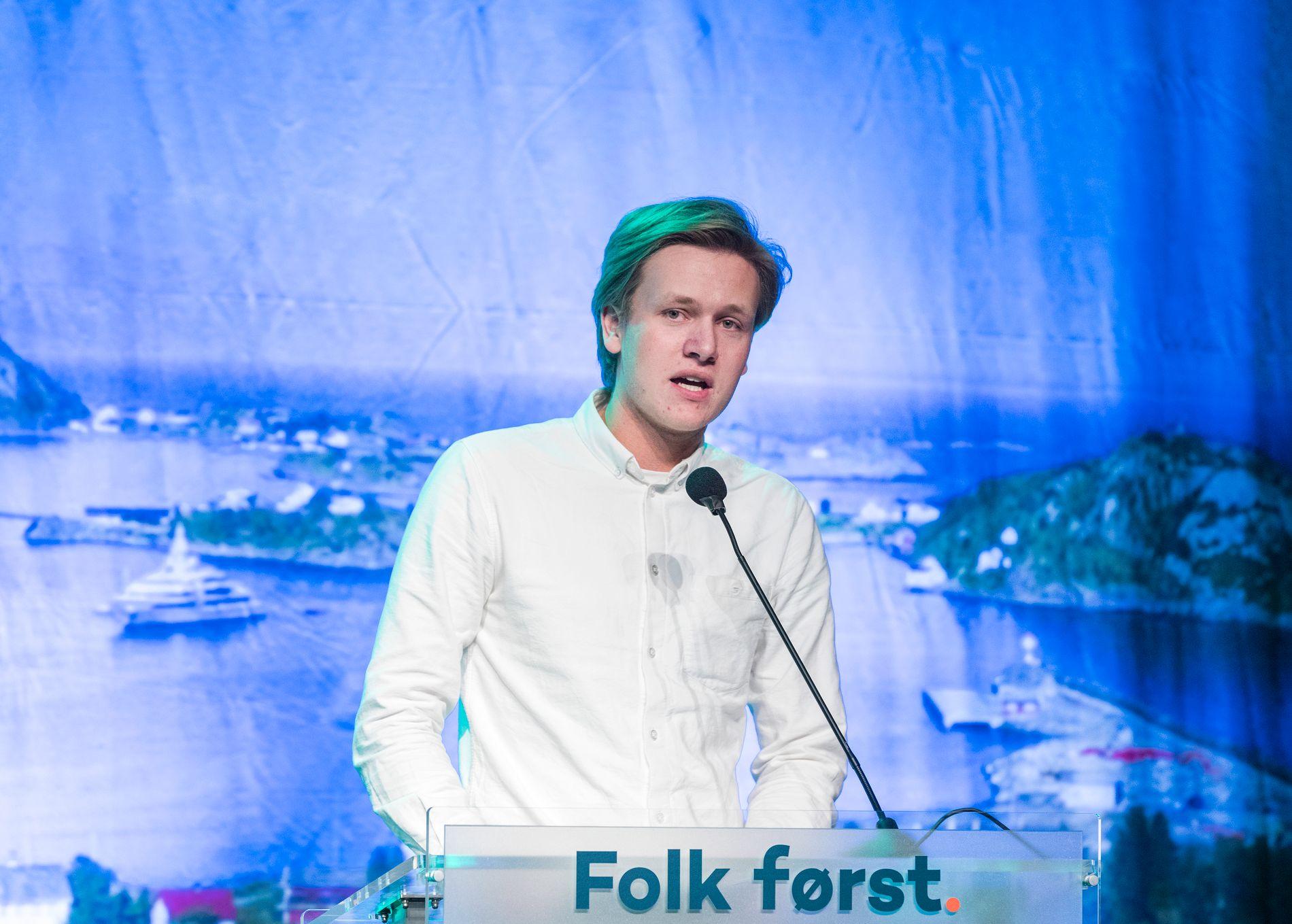 UKLOK OG UANSVARLIG: Unge Venstres leder Sondre Hansmark kommer med et makabert forslag når han vil ha selvbestemt abort frem til uke 24.