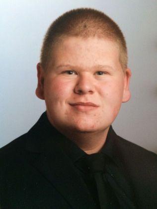 SLET MED FEDME: Torbjørn Rivelsrud veide 125 kilo på det meste. Her er han 15 år gammel.