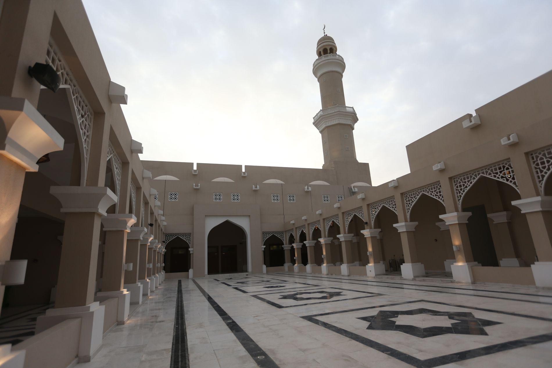 BIDRAR TIL TERROR: – Qatar har også klart kunststykket å passere Saudi Arabia som største bidragsyter til IS, Al-Qaida og Hamas, skriver kronikkforfatteren. NB!: Bildet er av en moské i Qatars hovedstad Doha.