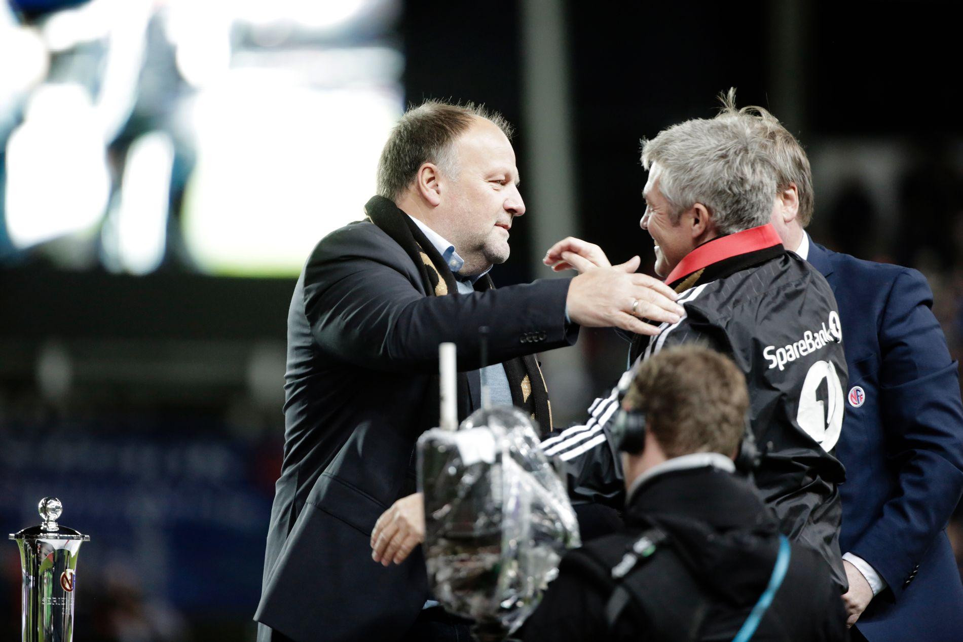 INGEN ENIGHET: Kåre Ingebrigtsen (til høyre) er fortsatt ikke fornøyd, etter at han fikk sparken i Rosenborg.