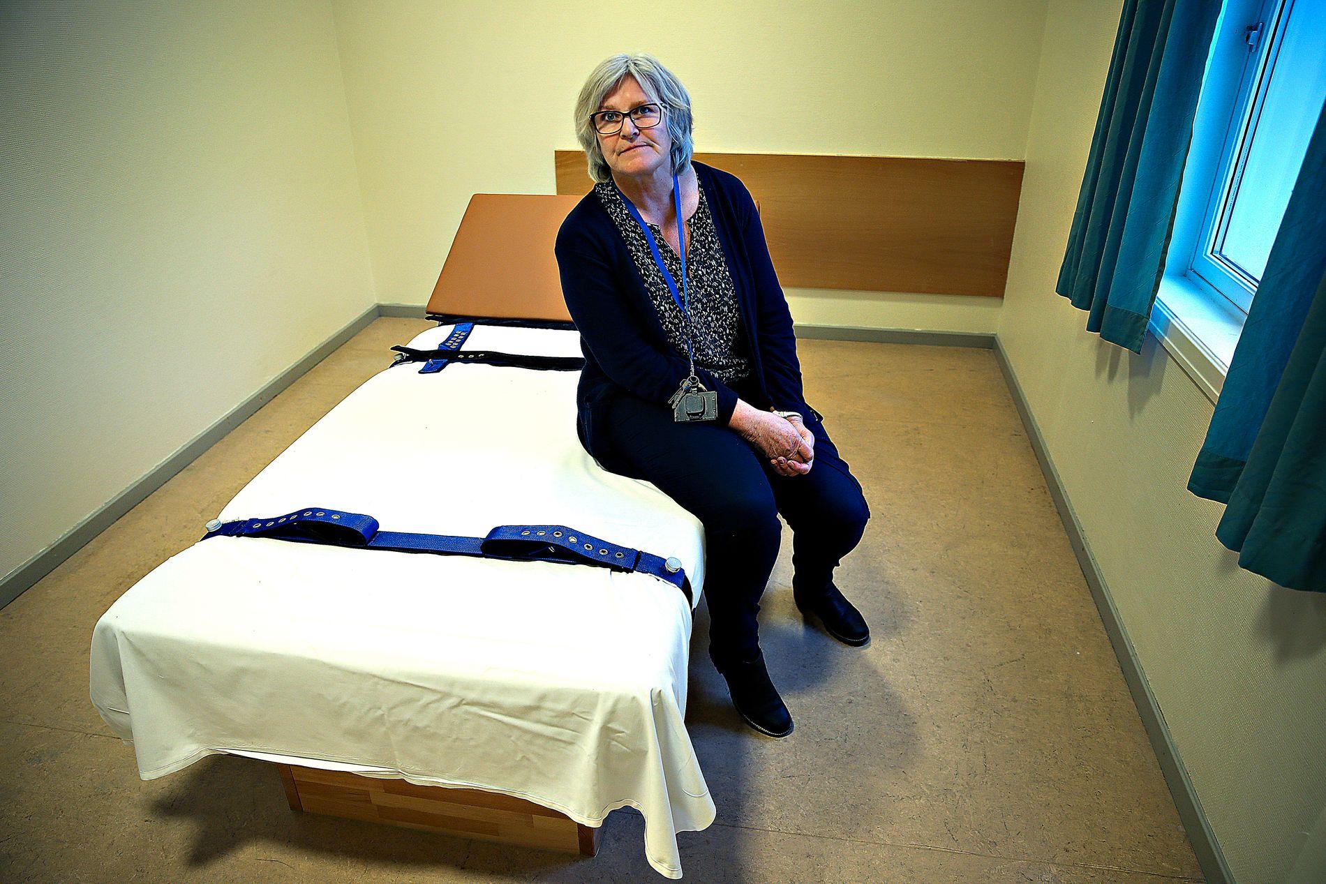 SKUFFET: Klinikksjef Kristin Jordheim Bovim, ved Haukeland universitetssykehus har fått vite at de heller ikke i år vil få oppfylt lovnadene om et nytt journalsystem for bruk av tvangsmidler.