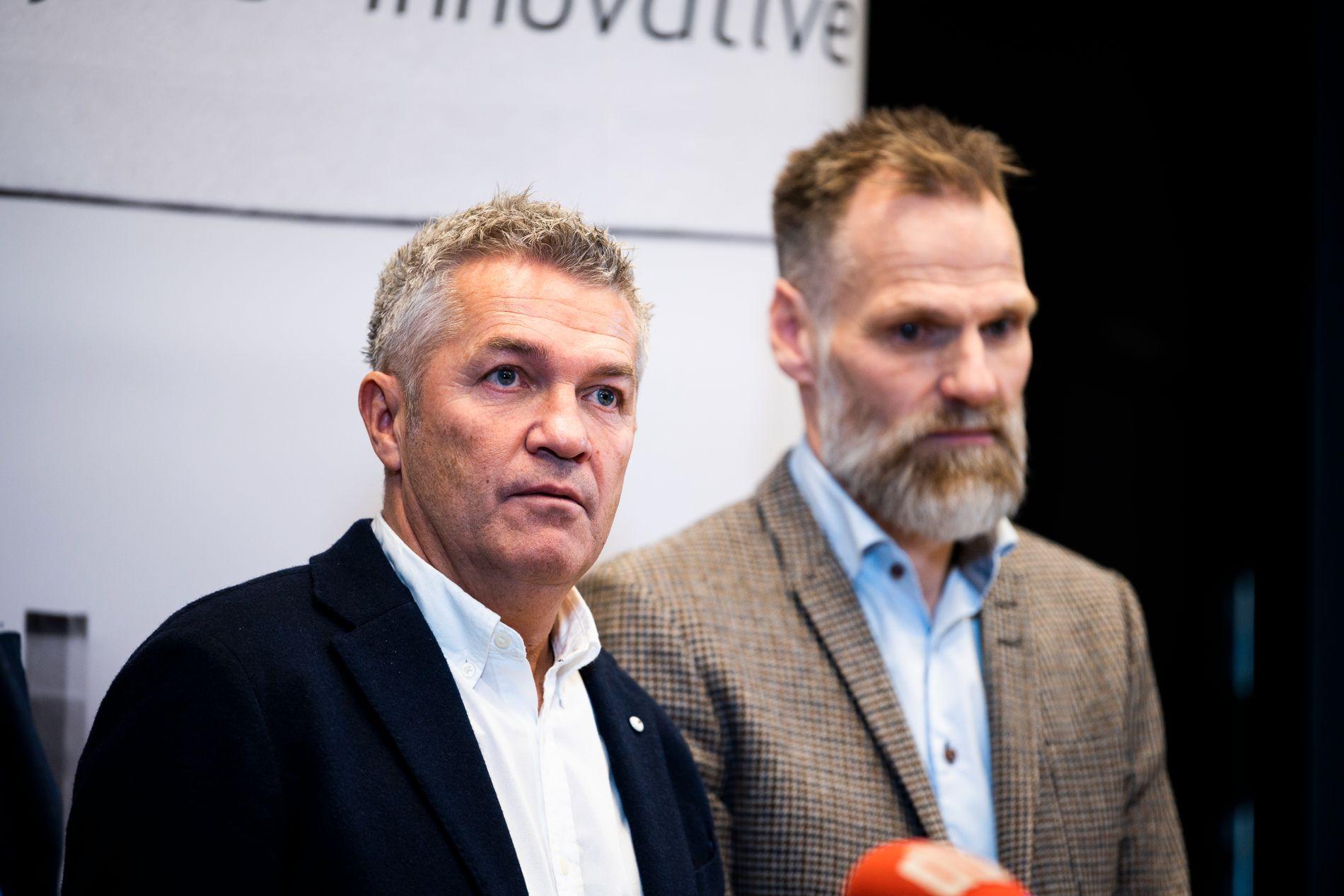 REAGERER: Kåre Ingebrigtsen og Erik Hoftun avbildet i Trondheim etter å ha inngått et forlik med Rosenborg i januar.
