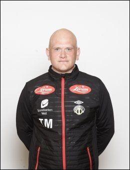 20 POENG: Tom Mangersnes leder et Sogndal-lag som ligger på 13. plass. Laget fra saftbygda er to poeng unna direkte nedrykk. Foto: Digitalsport