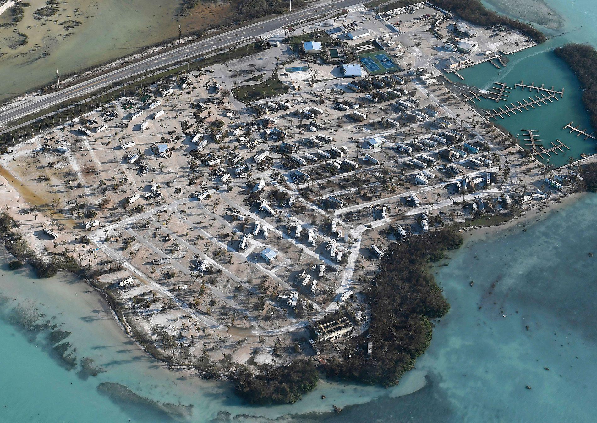 TATT AV VINDEN: Denne husvogn-parken på Florida Keys ble destruert av orkanen Irma i september.