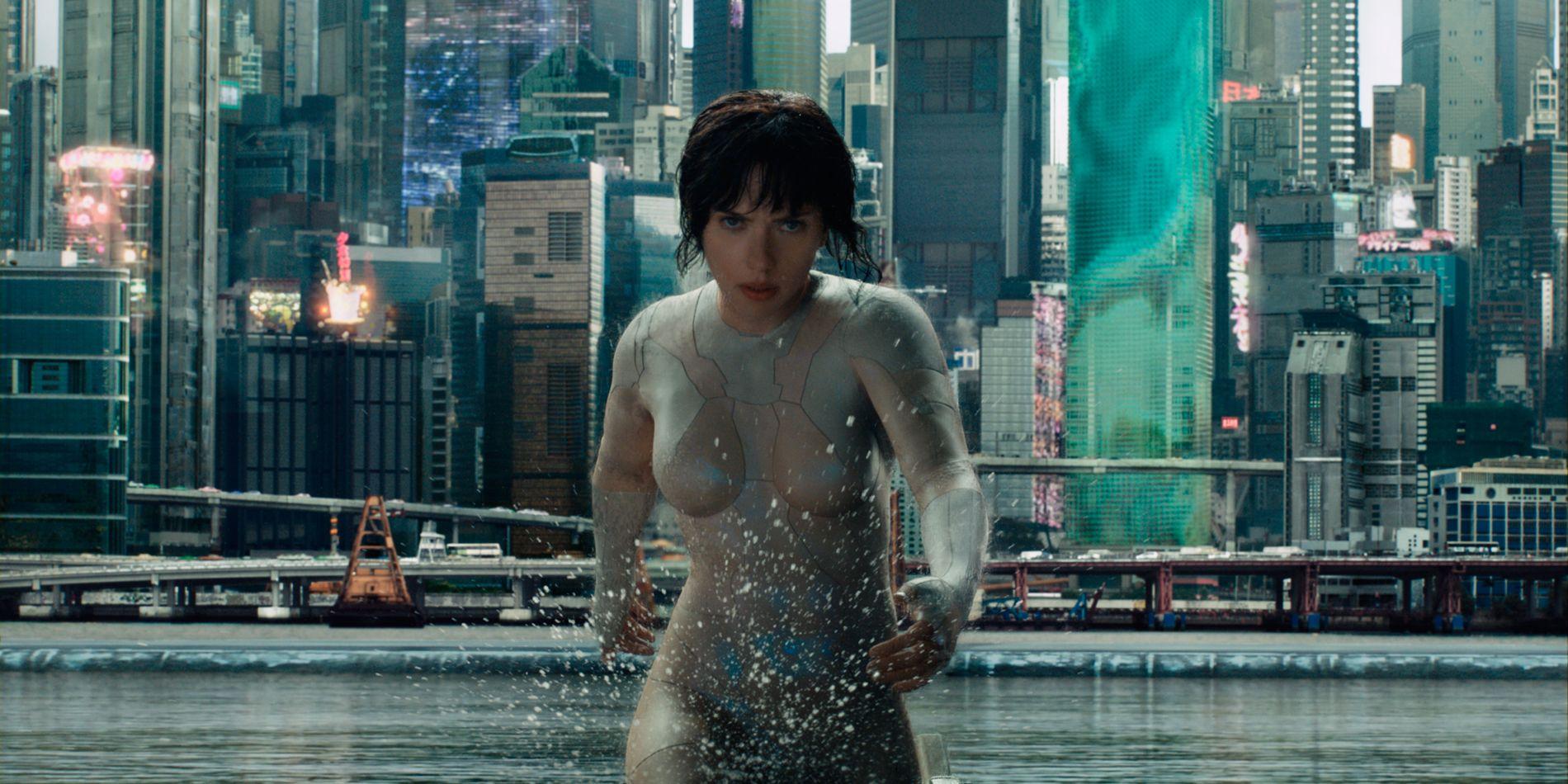 I AKSJON: Scarlett Johansson i «Ghost in the Shell».