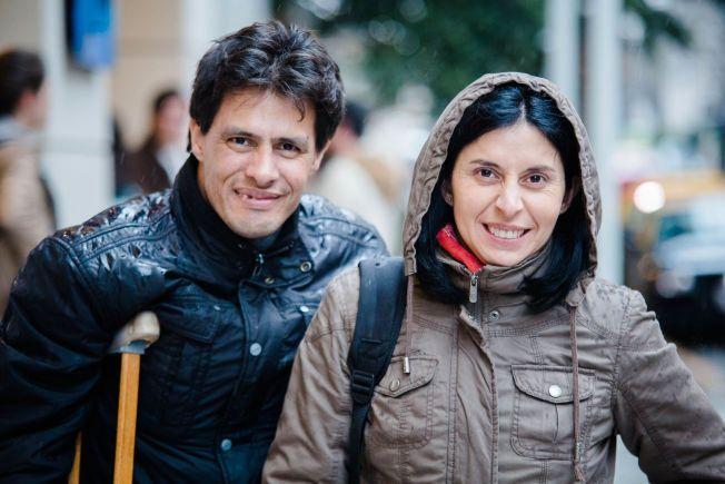 Sebastian Zamarano (40) og Claudia Zamarano (36). VG møter og portretterer argentinske fans i Buenos Aires som jakter etter a-Ha.