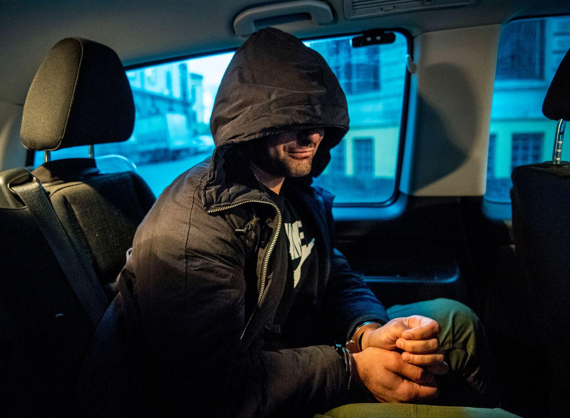 JOBBET SVART: «Jeg har vært i Italia to ganger, men de sendte meg bare tilbake til Norge. I ni år har jeg jobbet svart. Ikke hver dag, og de betaler meg veldig lite, selvfølgelig», sier denne 31 år gamle irakeren til VG.