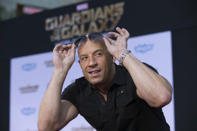 TITT TEI: Vin Diesel poserer på «Guardians of the Galaxy»-premieren i Hollywood i juli i fjor.