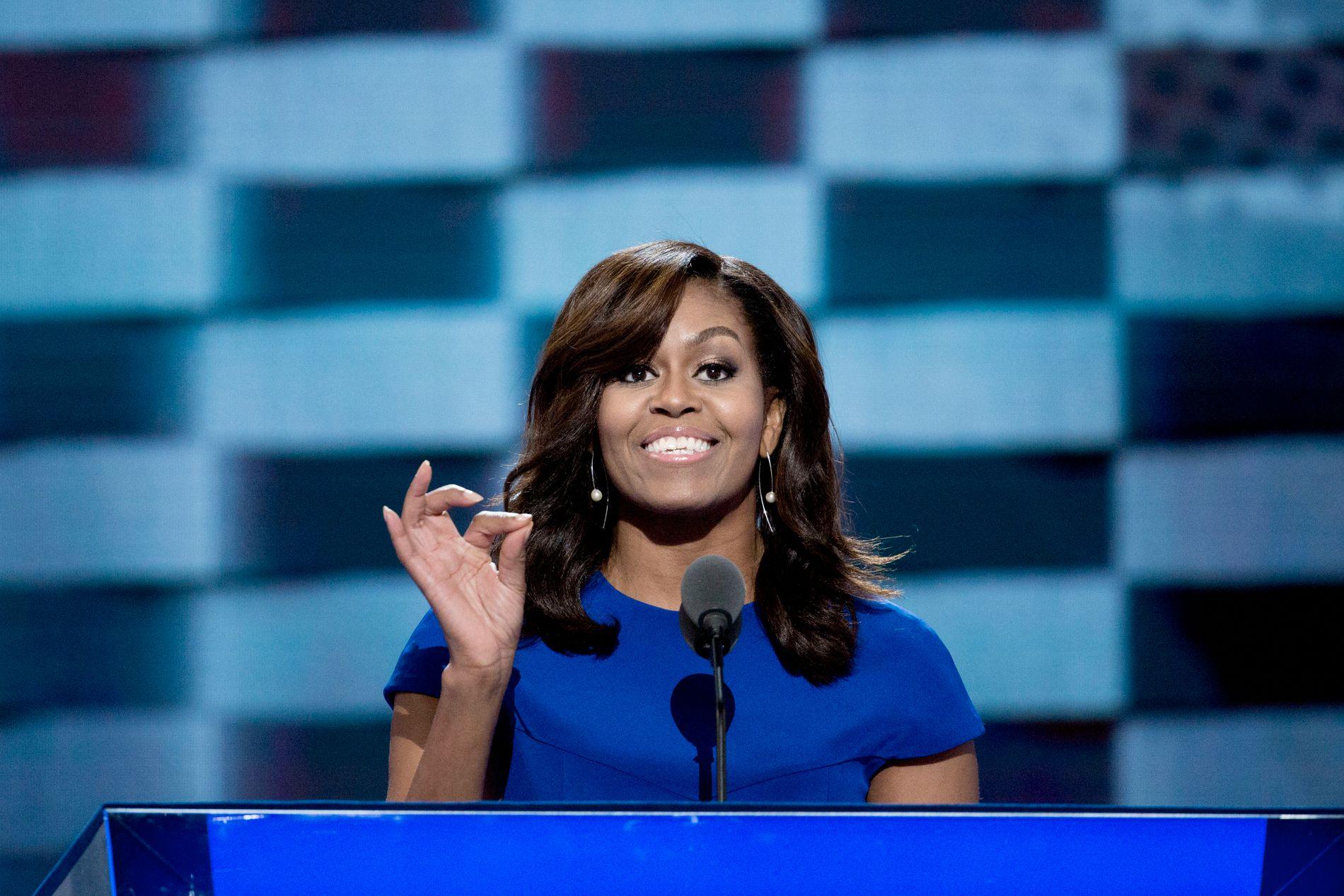 BOKKLAR: Tidligere førstedame Michelle Obama kommer med bok til uken. Der får blant annet Donald Trump gjennomgå.