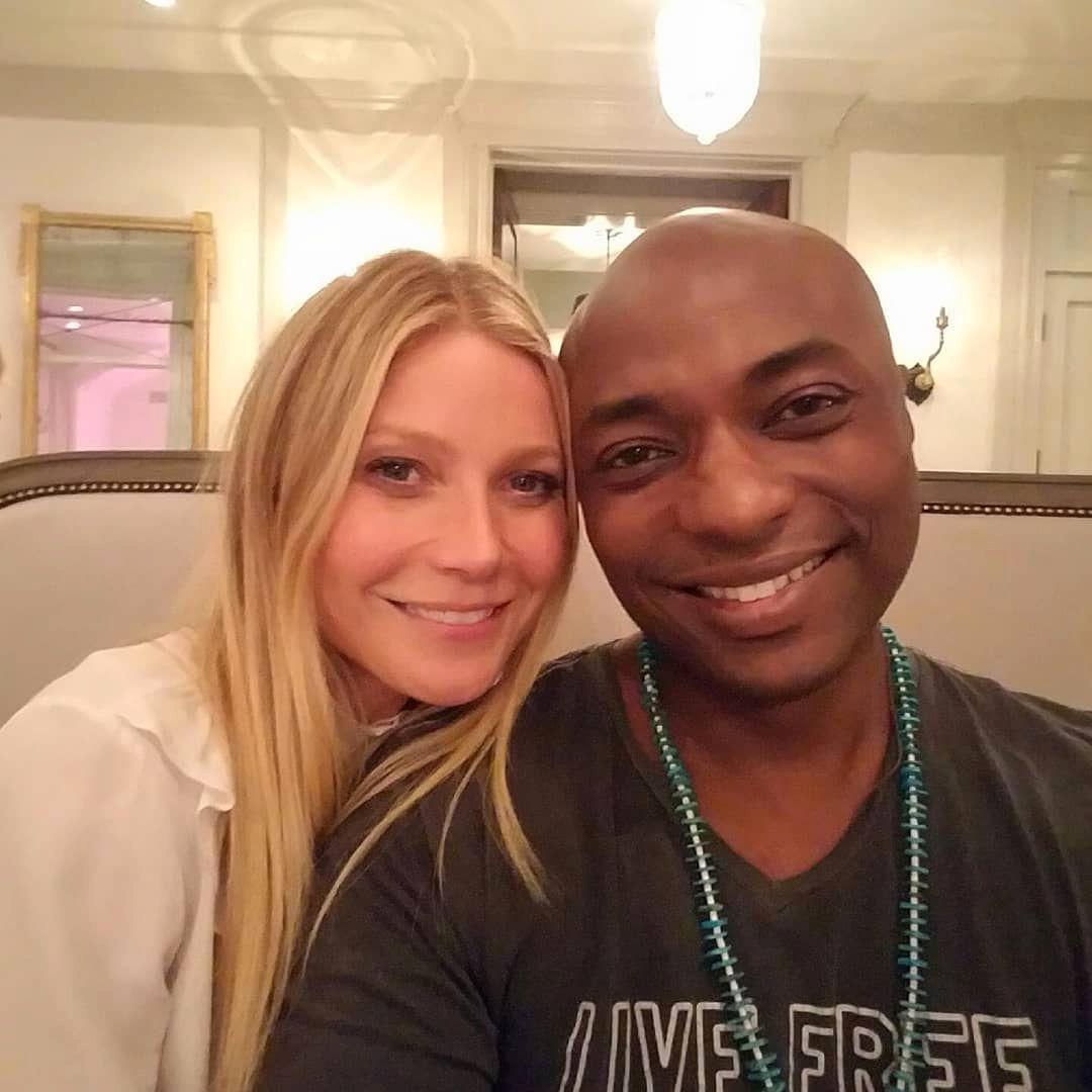GODE VENNER: Gwyneth Paltrow og Durek Verrett figurerer sammen i flere bilder i sosiale medier.
