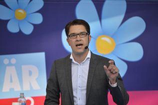 PARTILEDER: Jimmie Åkesson, her under en tale i Almedalen i sommer.