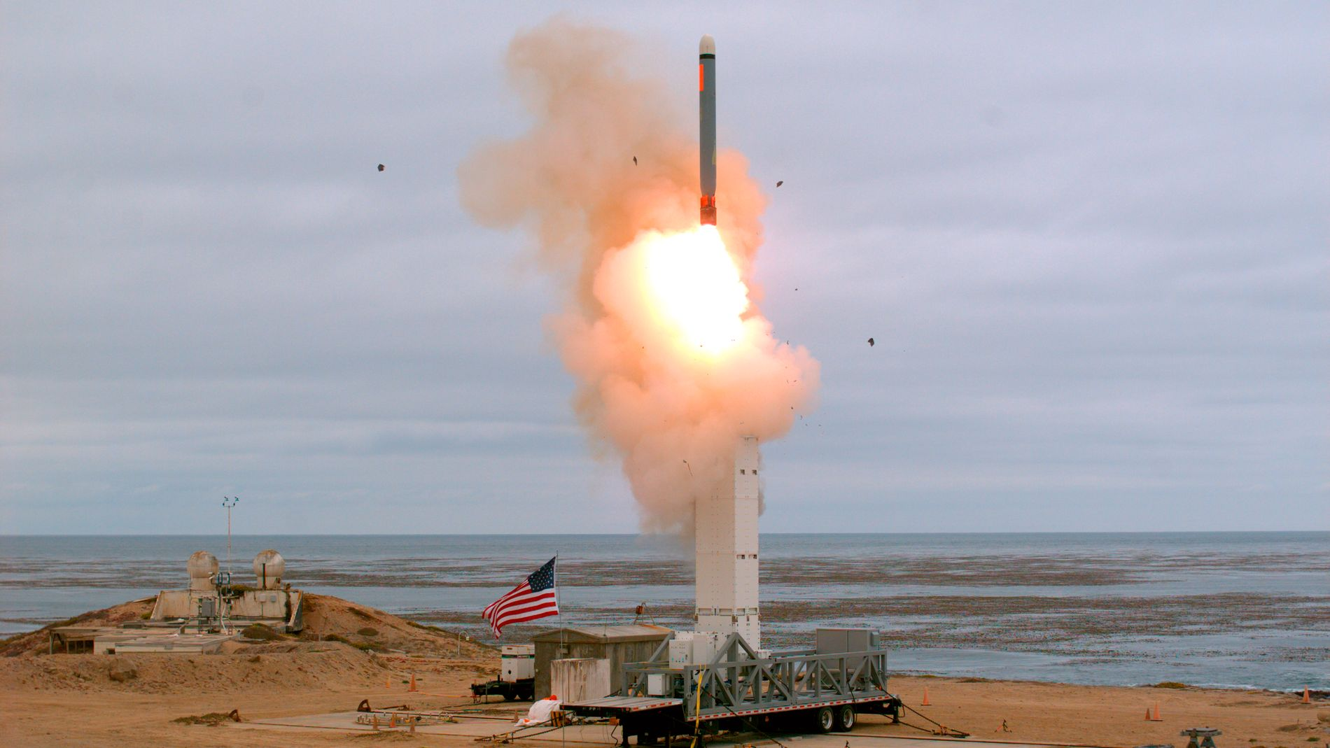 TEST: USA prøveskjøt søndag en mellomdistanserakett, som traff mål 500 kilometer unna. Foto: