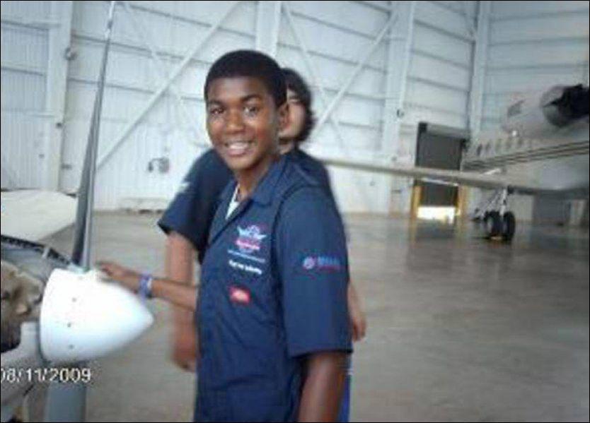 SKUTT OG DREPT: Trayvon Martin ble skutt og drept 26.februar i Florida. Her avbildet i august 2009. FOTO: AP