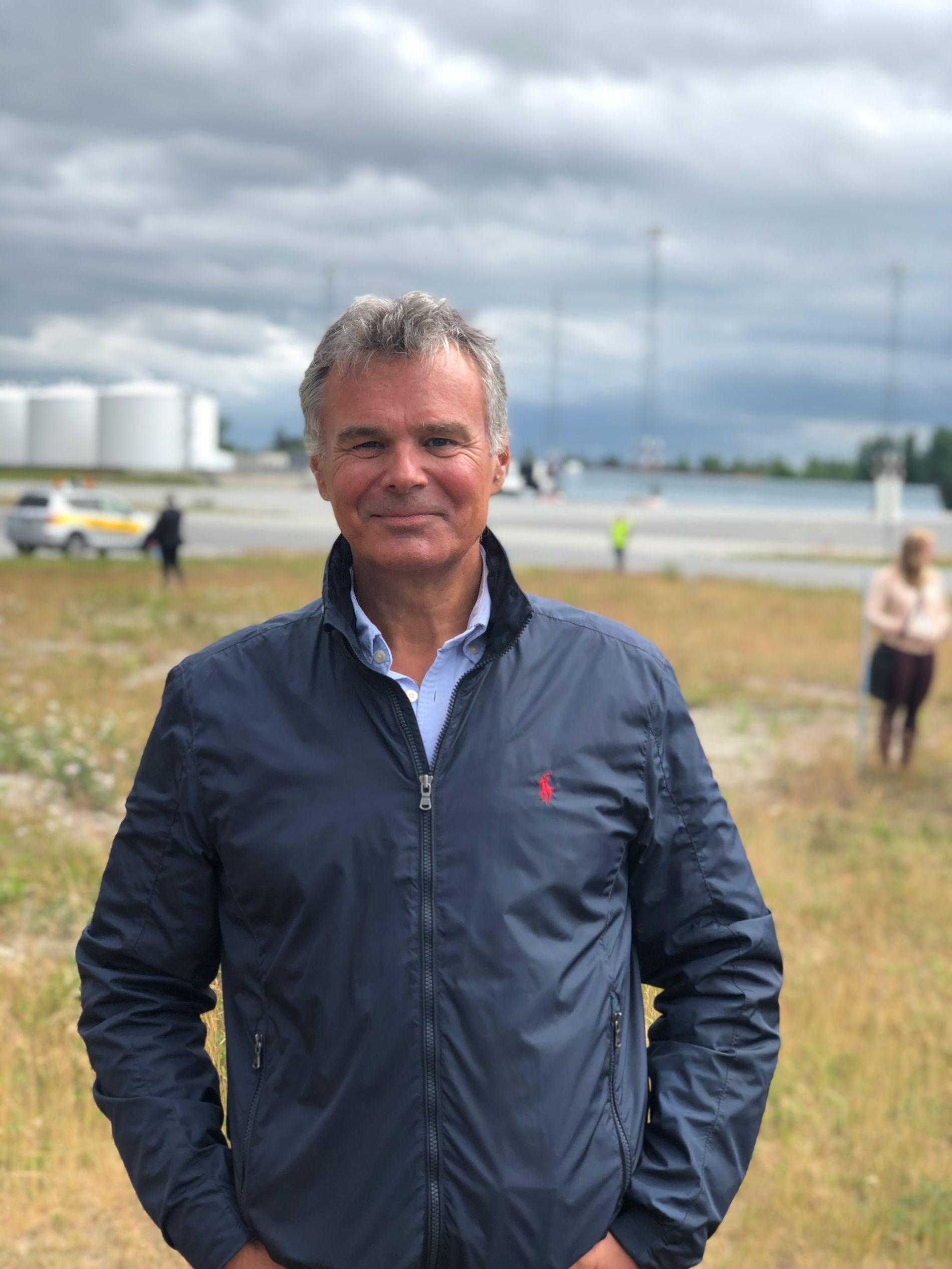 FLYANALYTIKER: Hans Jørgen Elnæs i WinAir