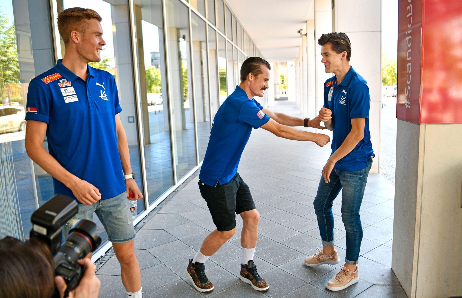 FORSKJELLER: Mens EM ble en lek for Henrik og Jakob Ingebrigtsen ble Filip skadet og spolerte sine medaljesjanser.