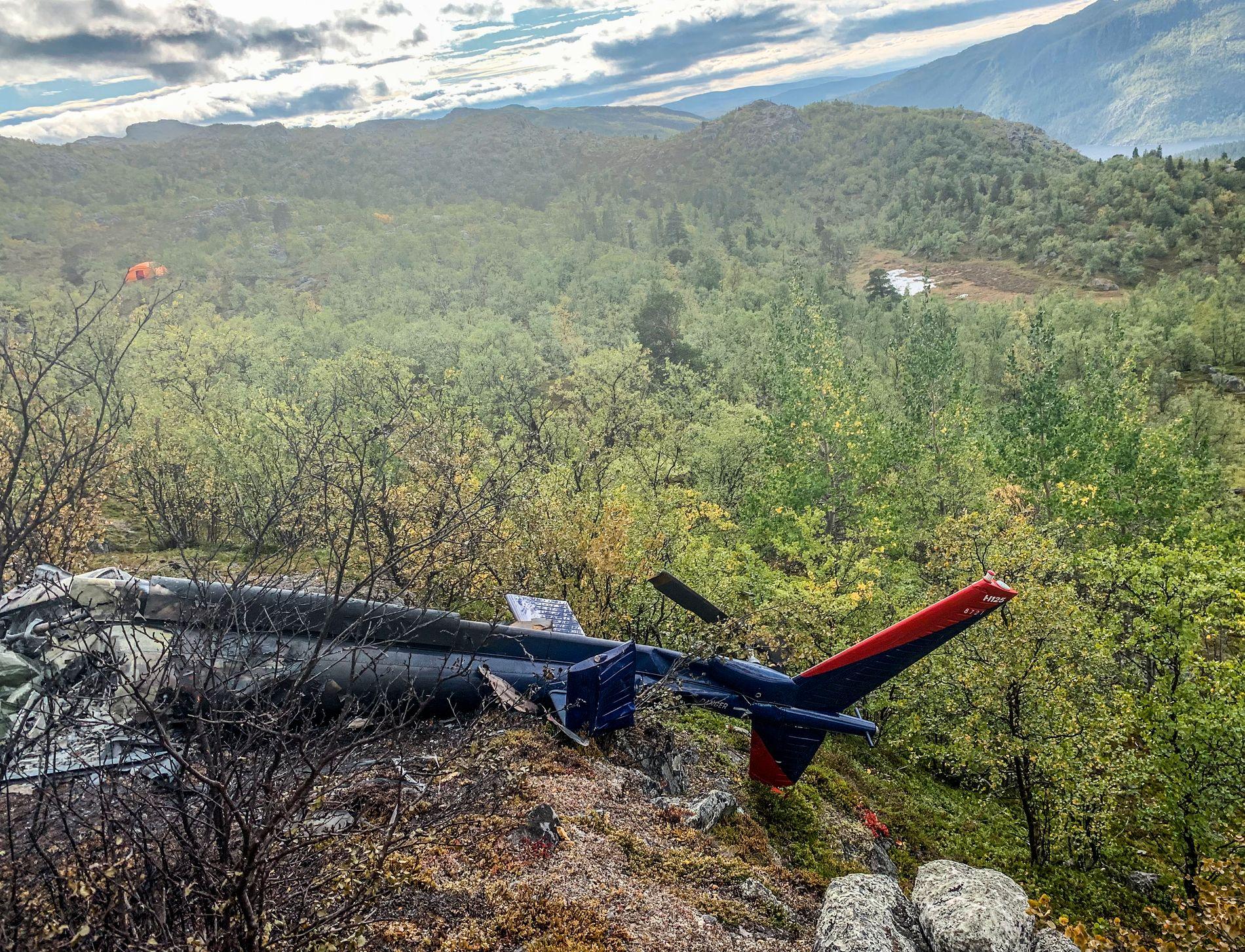 HELIKOPTERVRAKET: Seks personer mistet livet da et helikopter havarerte i Kvenvik-området, sørvest for Alta, lørdag ettermiddag.