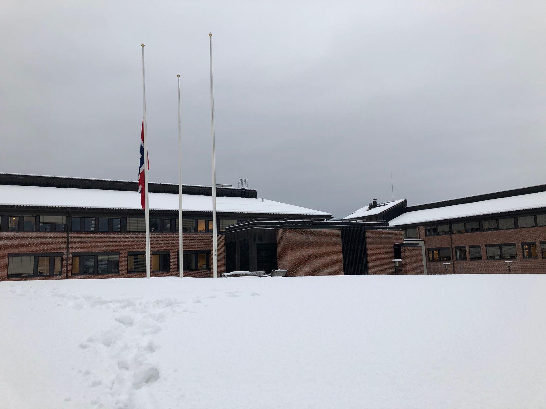 I SORG: De to drepte gikk sammen på Universitet i Sørøst-Norges campus på Bø. De gikk sammen på friluftslivslinjen på skolen.