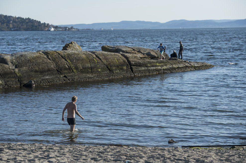2d8fd027 I sør avrundes påsken med sol og temperaturer opp mot 20 grader, mens  Nord-Norge må forberede seg på regn, sludd og…