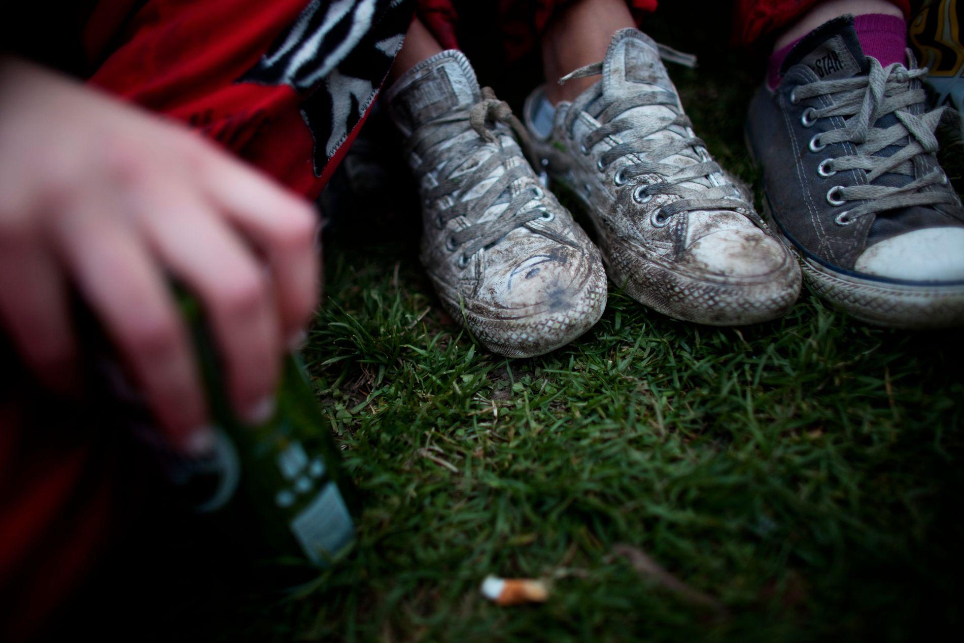 TA PRATEN: – Jeg mener vi svikter ungdommene våre når vi ikke prater med dem om voldtekt og seksuelle grenser, skriver kronikkforfatteren.