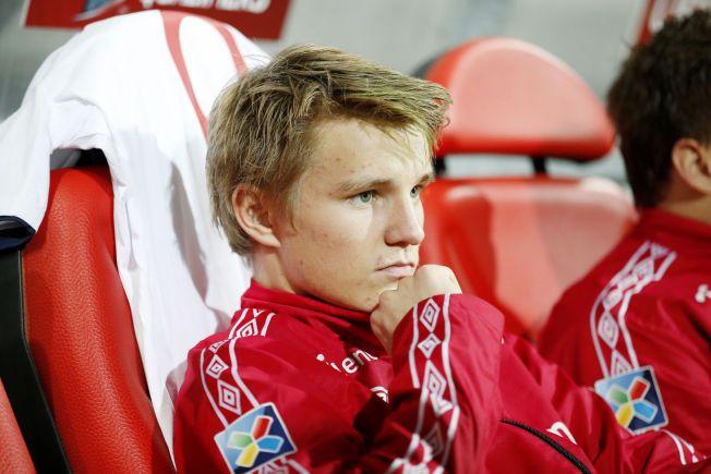 LIGGER IKKE PÅ LATSIDEN: Martin Ødegaard (16 i morgen) har nok alternativer å tenke på når han skal velge hvilken klubb som skal bli den neste. Nå har han også besøkt Arsenal.