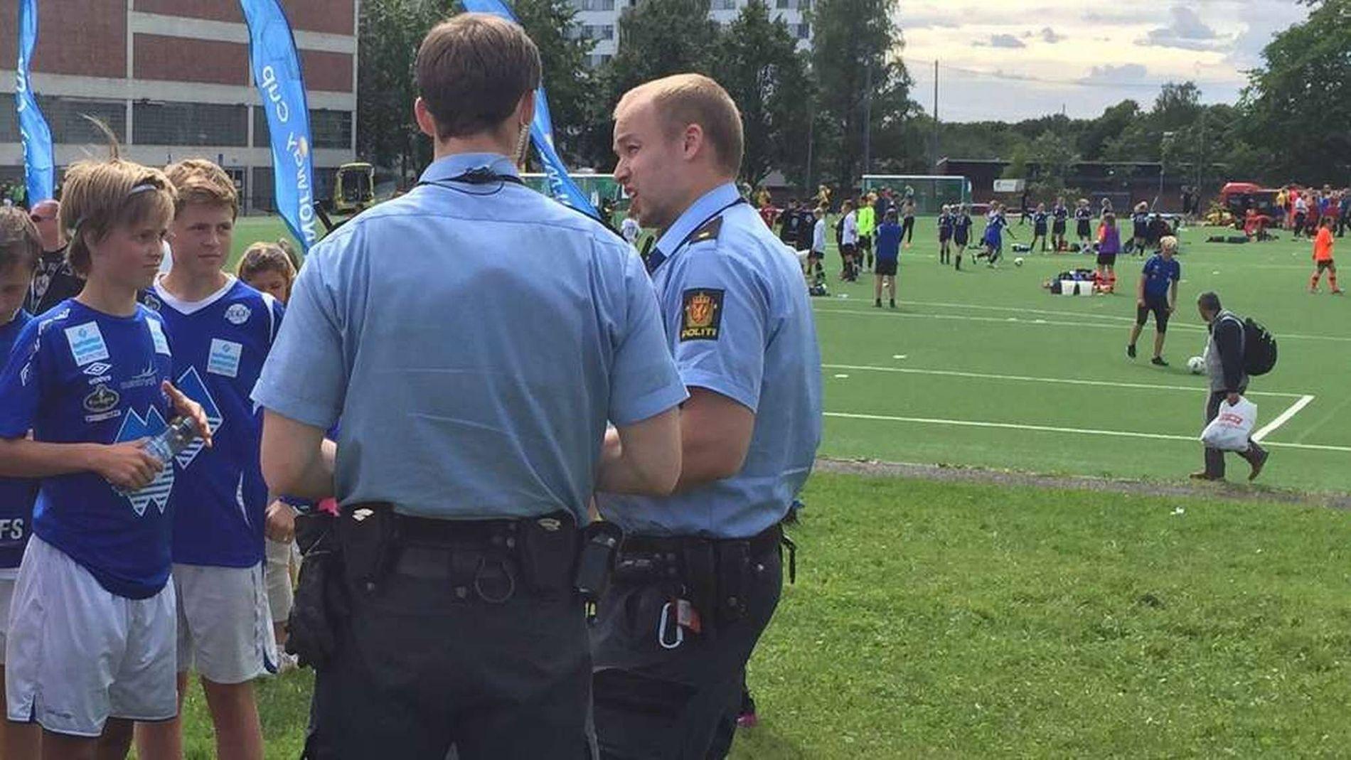 DRAMATISK: Kampen mellom Cosmos og Herd endte med at politiet måtte ta hånd om situasjonen. Foto: HERD