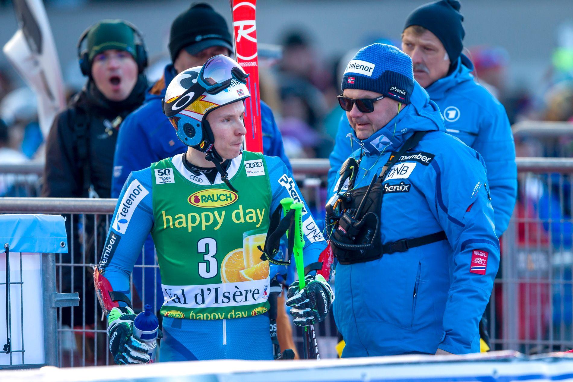 NY TILLIT: Til tross for gjentatte økonomiske problemer med Claus Ryste som alpinsjef, har han fått fornyet tillit til 2023. Her sammen med Henrik Kristoffersen, som har gått til sak mot eget forbund på grunn av en sponsorkonflikt.