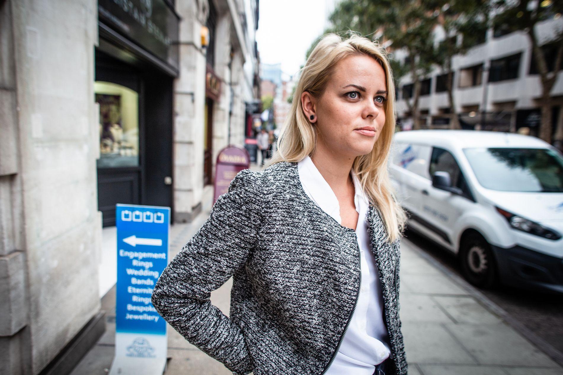 SVINDLET: Cecilie Schrøder Fjellhøy i London, hvor hun møtte Simon Leviev. Bildet er tatt i fjor høst.