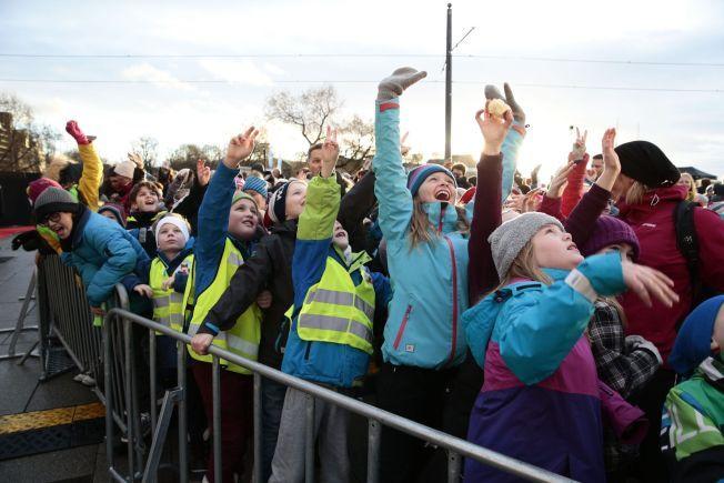 SPENTE: Det er ventet opp mot 7000 barn foran Oslo Rådhus i dag for å hylle fredsprisvinnerne.