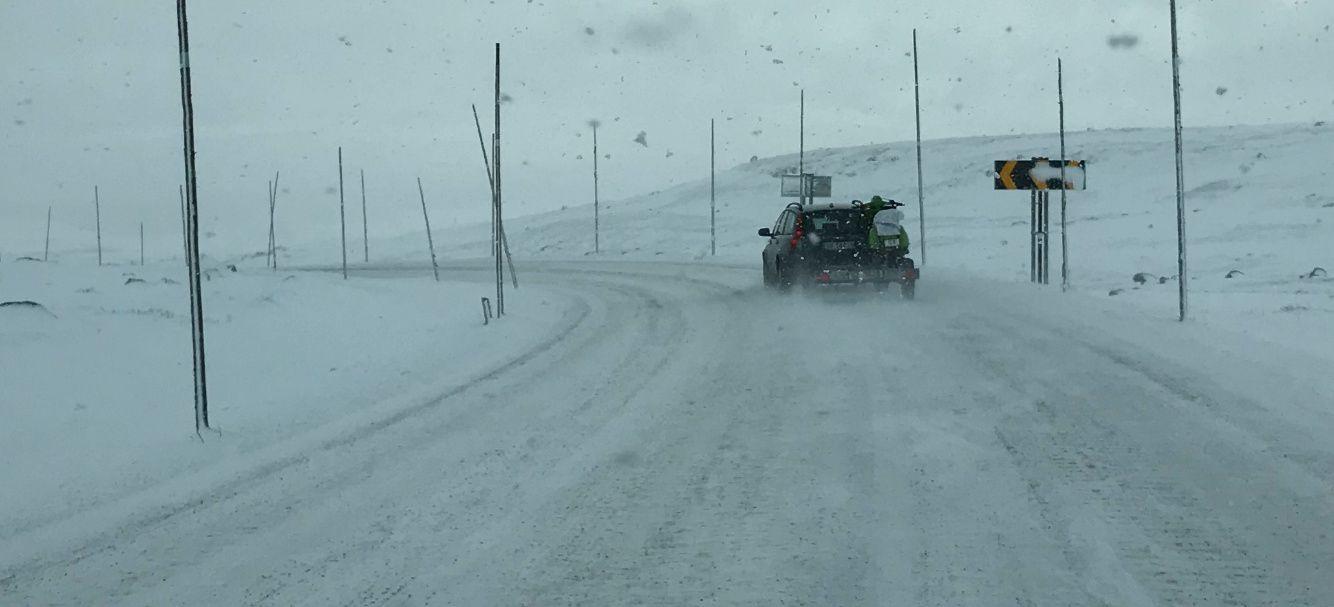 TØFF HELG I FJELLET: Kraftig vind både lørdag og søndag kan gjøre det vanskelig å ta seg over fjellet i Sør-Norge i helgen. Her Hardangervidda i slutten av oktober i år.