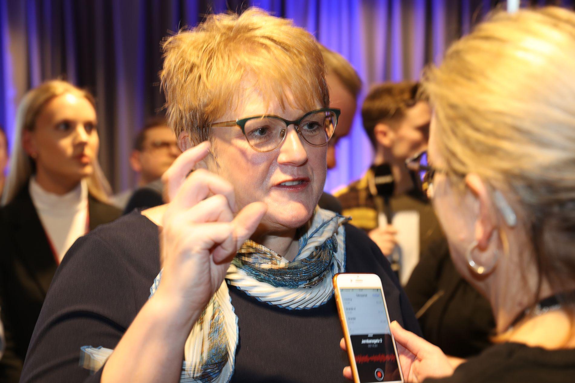 KULTURMINISTEREN: Trine Skei Grande på lokalavisenes landsmøte sist helg.