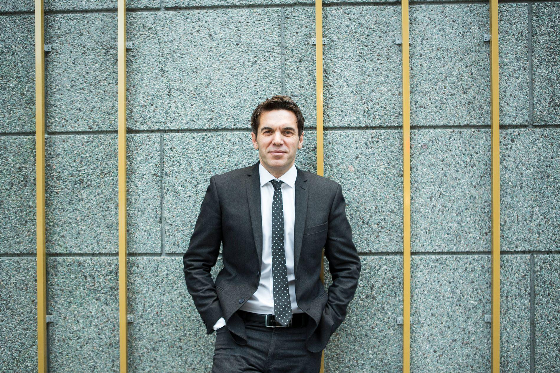 SKAPER DEBATT: Forfatter, rådgiver i Agenda og Ap-politiker Sylo Taraku.
