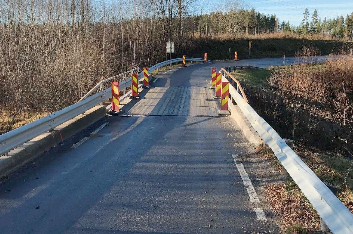 ETTER: Melland bro etter at VG gjorde oppmerksom på at det manglet innsnevring. Foto: Statens vegvesen