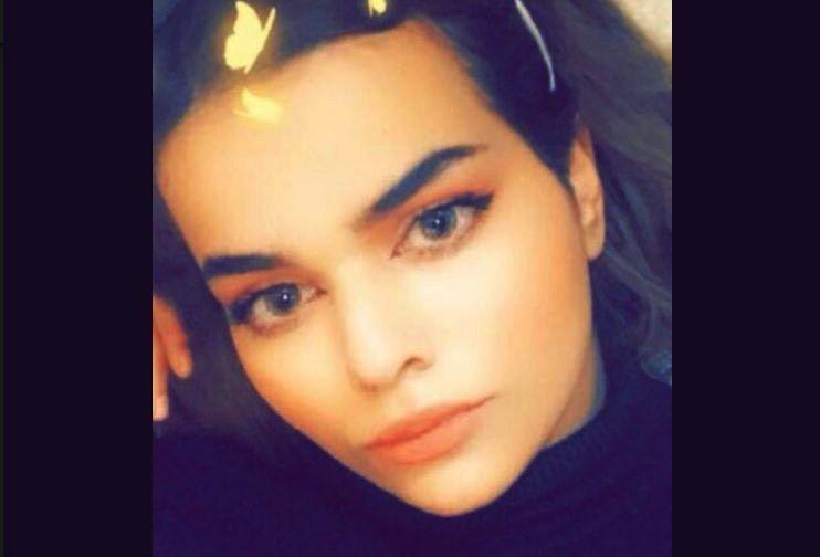 FANGET: Rahaf Mohammed al-Qunun skriver på Twitter hun er fratatt passet, og at hun blir sperret inne på et rom på flyplassen i Bangkok.