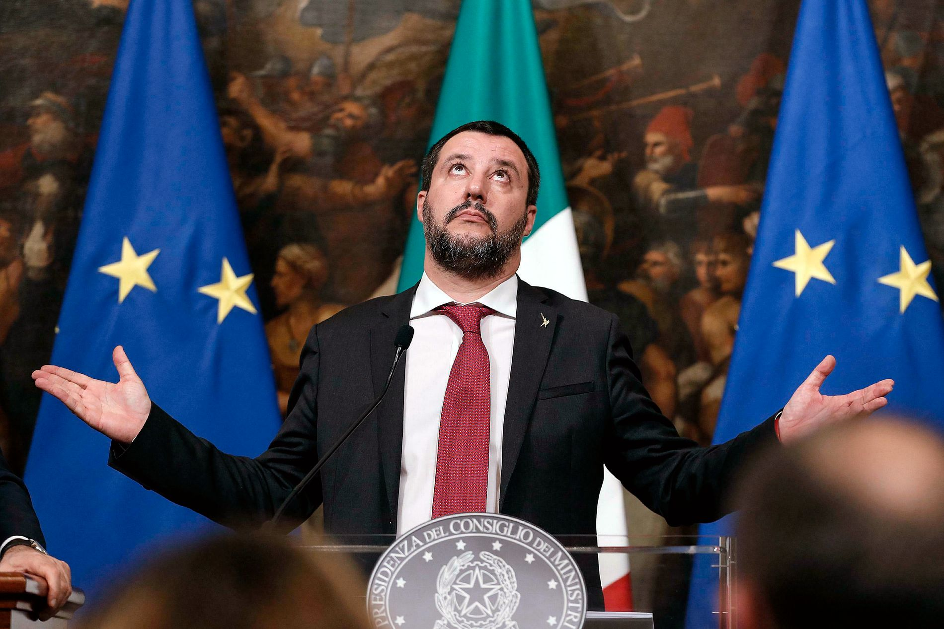 OPPGITT: Visestatsminister Matteo Salvini avviser regjeringspartner Luigi Di Maios påstander om at han forsøker å tvinge frem regjeringskrise.