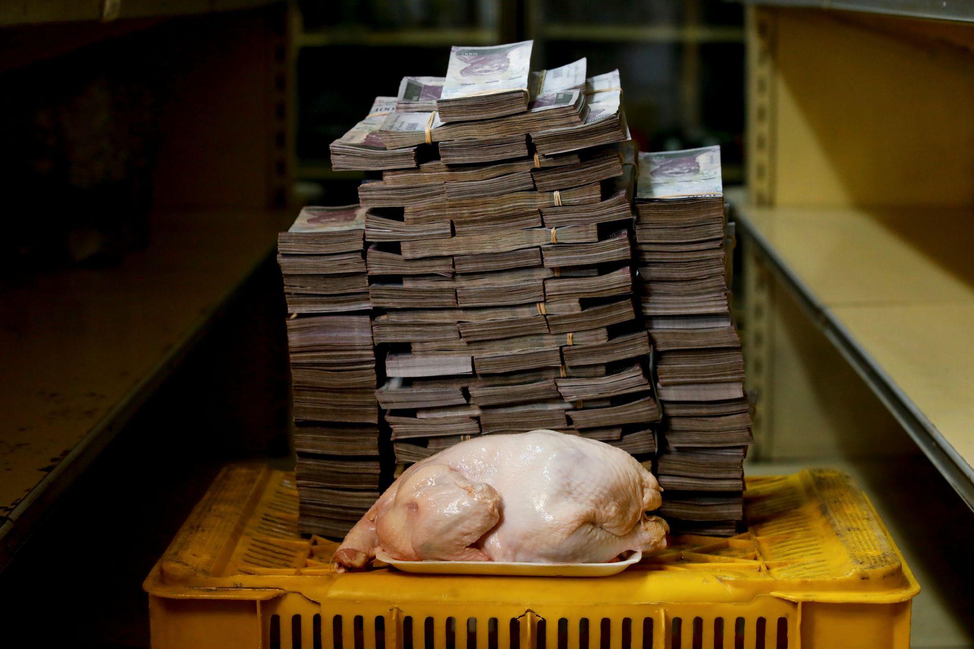TUNGT PRISET: En kylling i Venezuela.