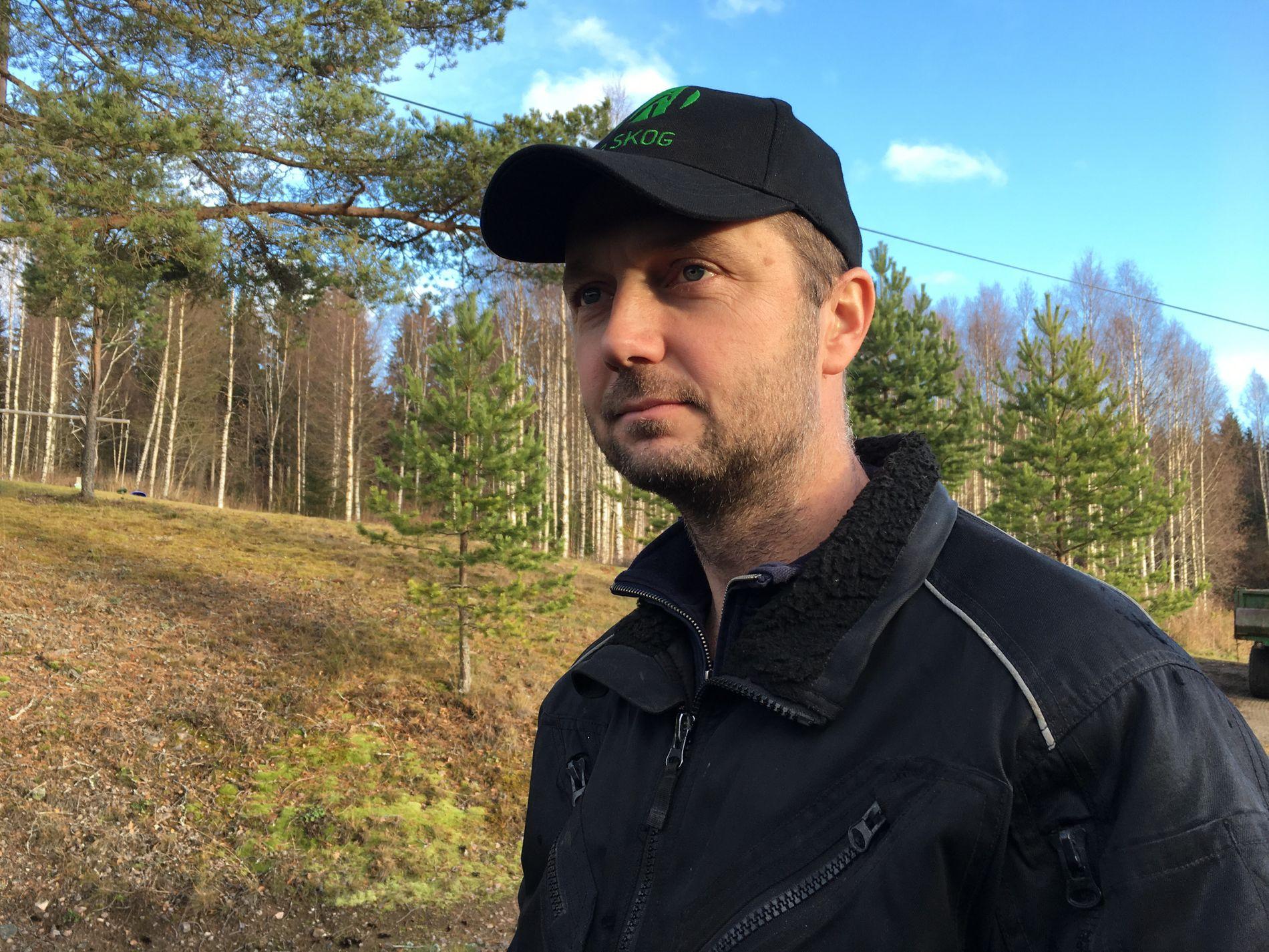 TAKKNEMMELIG: Erland Østgård takker Subaru og deres førerassistansesystem for at han og familien ikke havnet i en potensielt stygg ulykke.