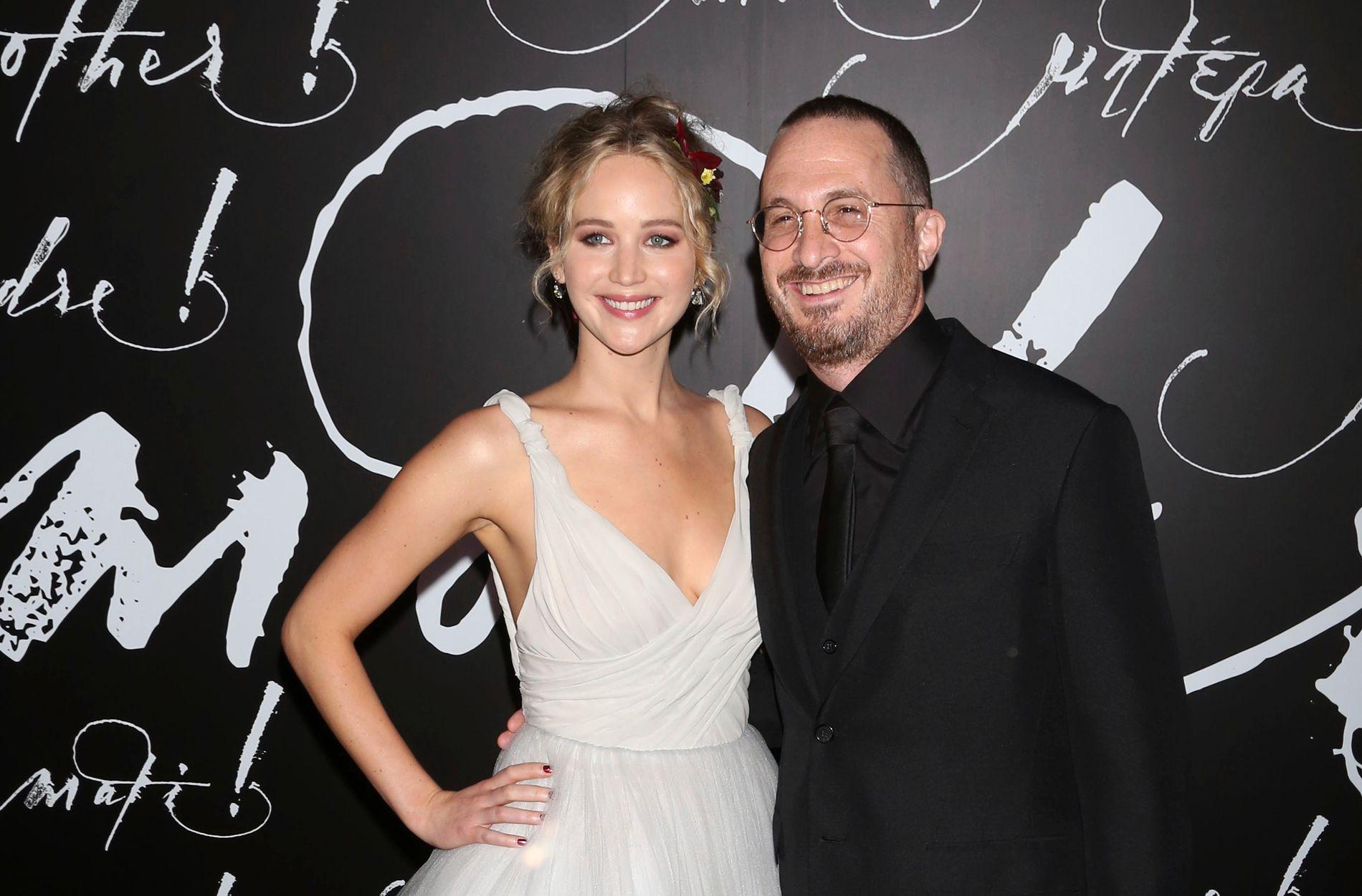 KOLLEGER: Jennifer Lawrence og Darren Aronofsky på premieren på «Mother!» i New York i september.
