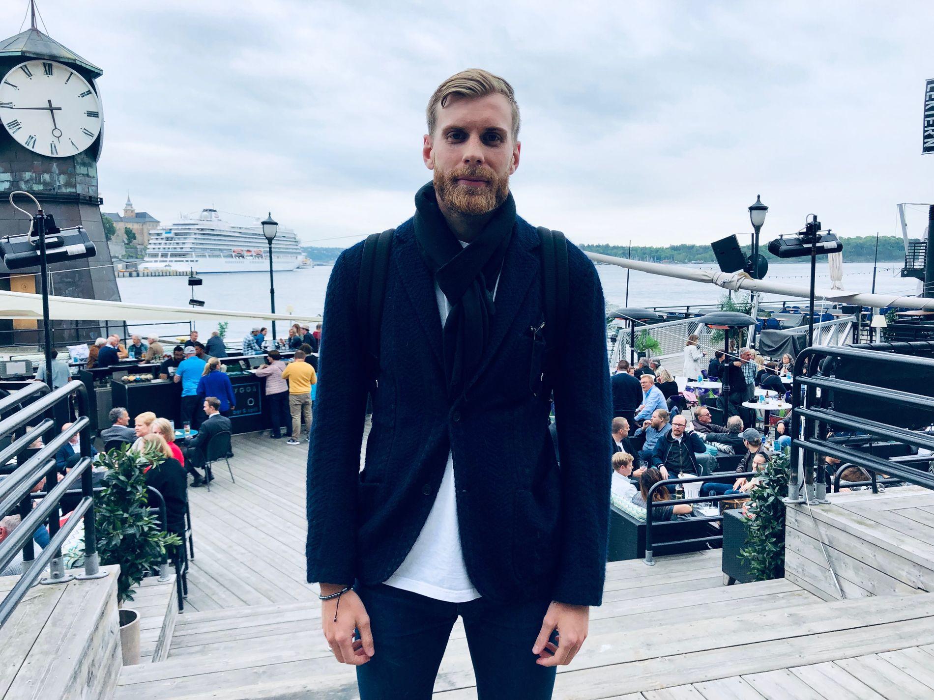 HJEMME I NORGE: Tidligere Odd- og Vålerenga-spiller Niklas Gunnarsson har fortsatt leilighet i Oslo. Her møter telemarkingen VG på Aker Brygge.