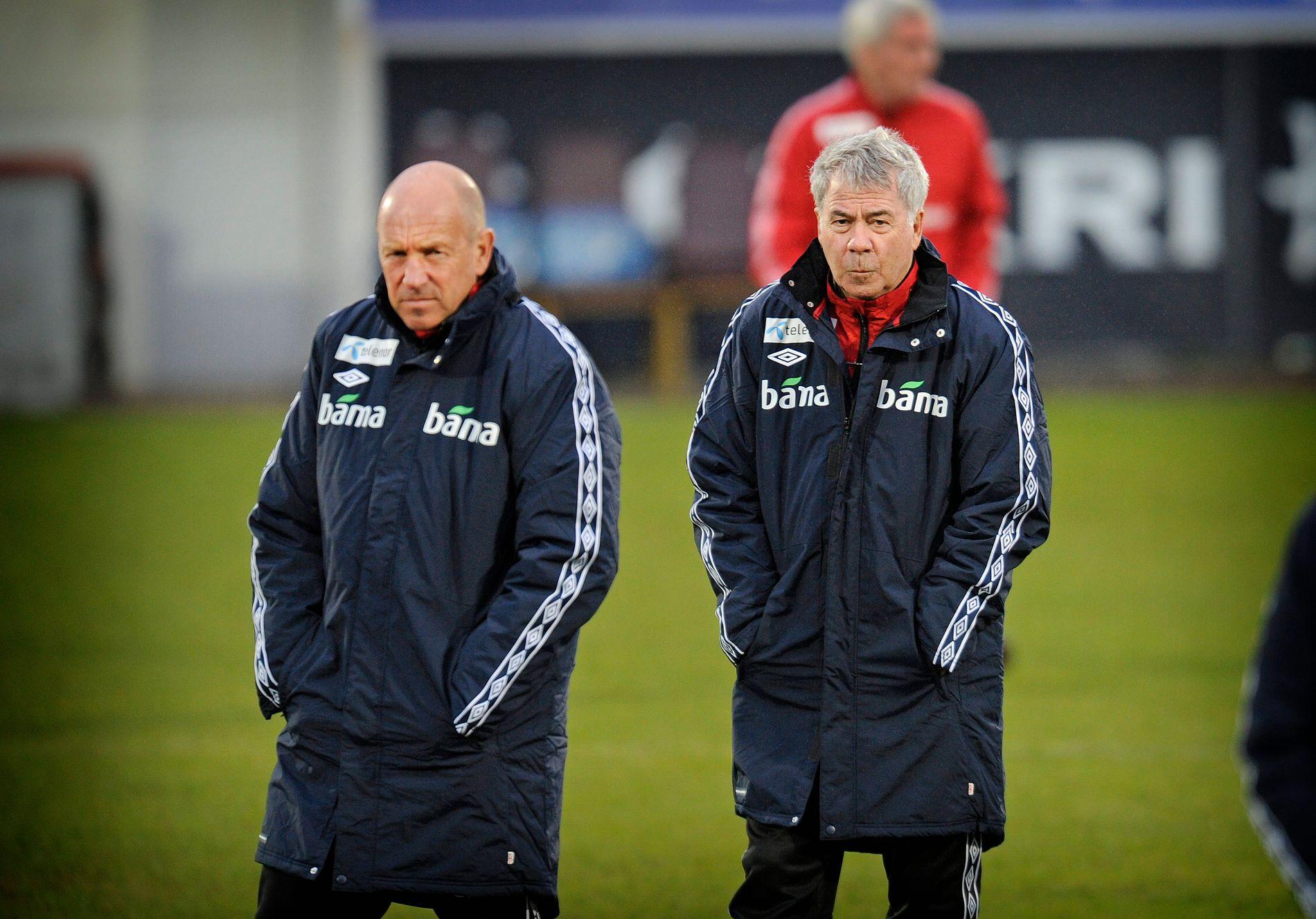 TETT SAMARBEID: Nils Johan Semb og Drillo før en privatlandskamp mot Nord-Irland i 2012.