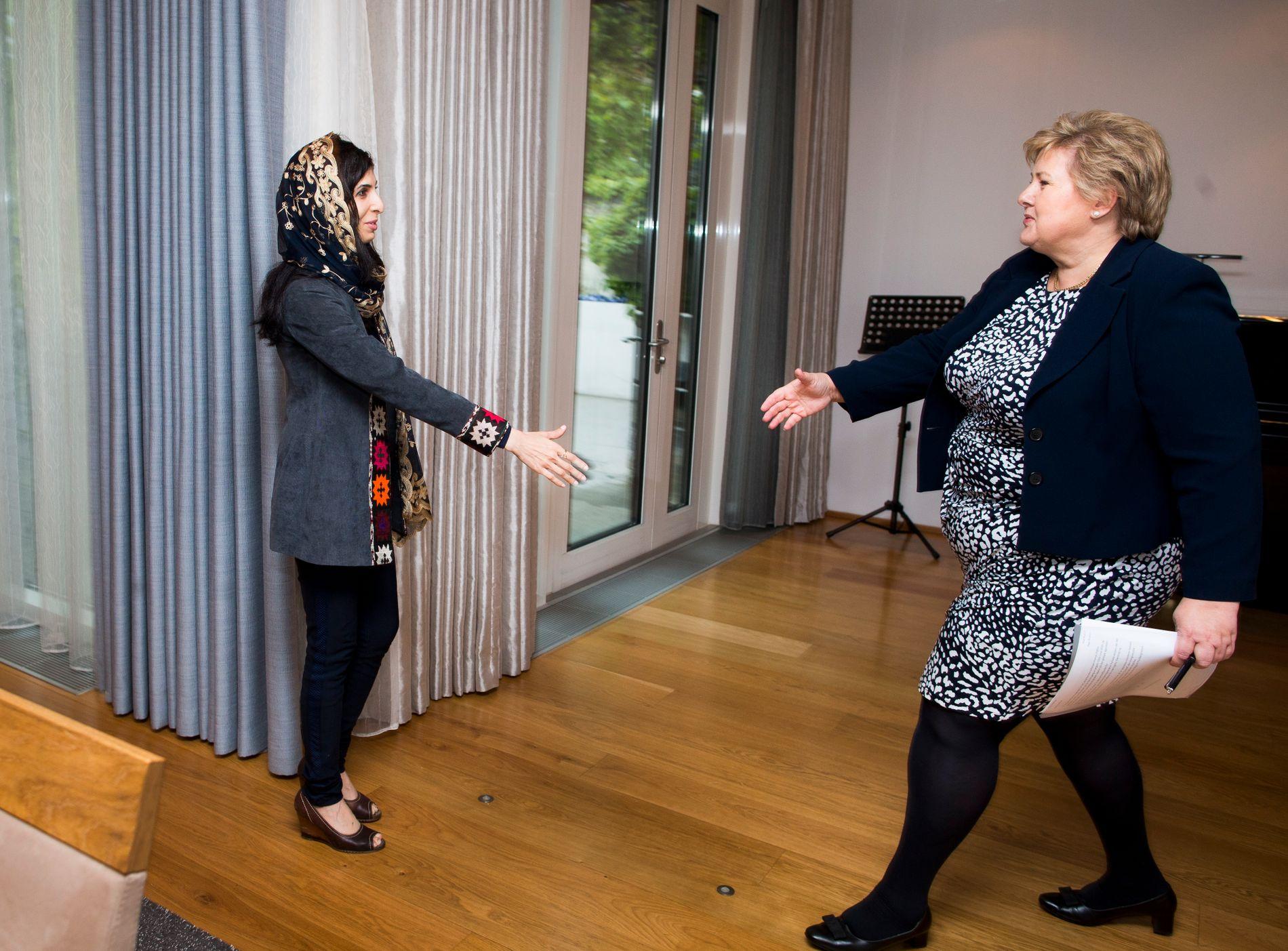 RYDDET KALENDEREN: Den afghanske Roya Mahboob er denne uken i Oslo i forbindelse med Oslo Freedom Forum. Da VG spurte om intervju med statsminister Erna Solberg (H) og henne sammen, ryddet førstnevnte plass på kort varsel.