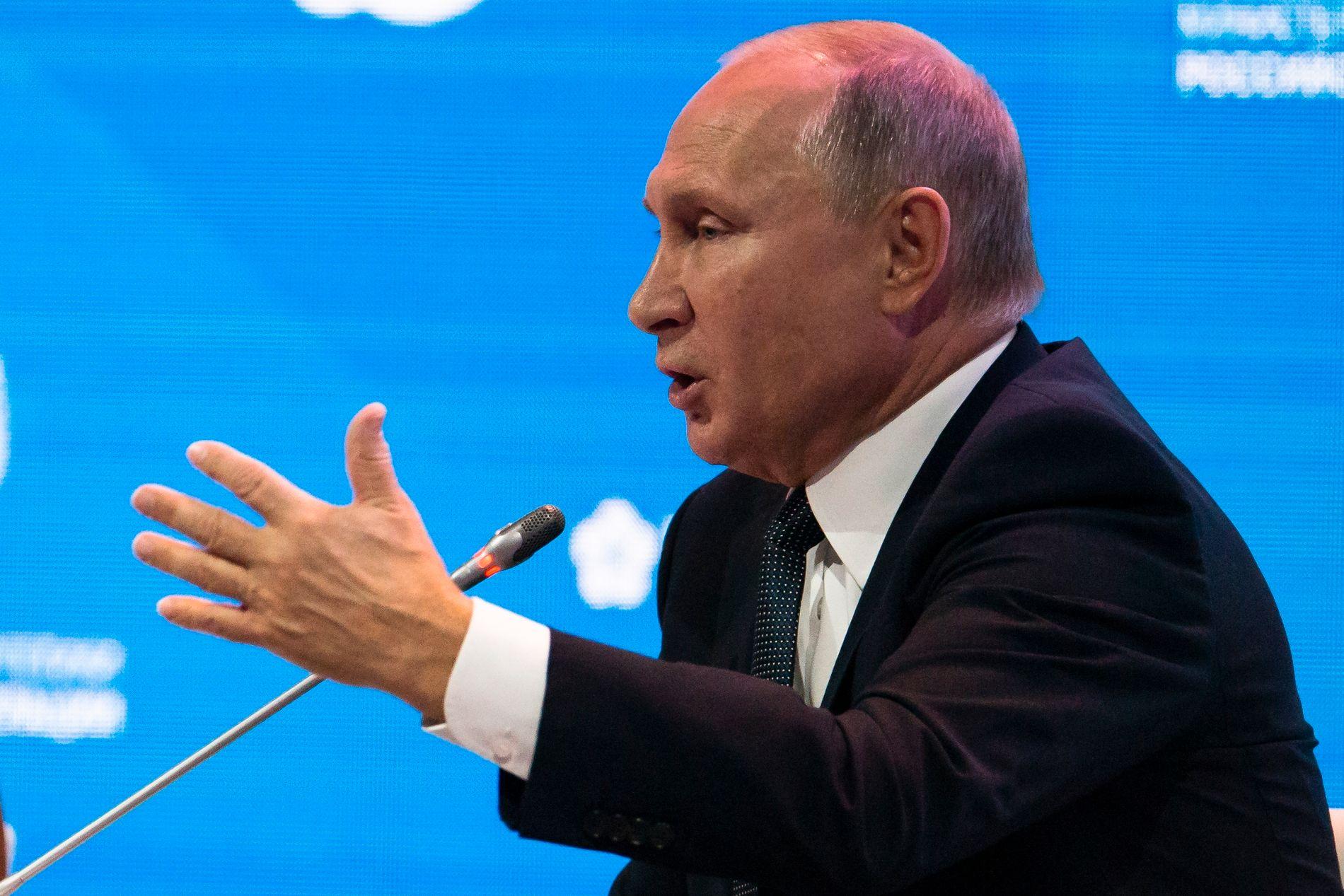«FORRÆDER»: Russlands president Vladimir Putin har kalt Sergej Skripal for både en «drittsekk» og en «forræder».