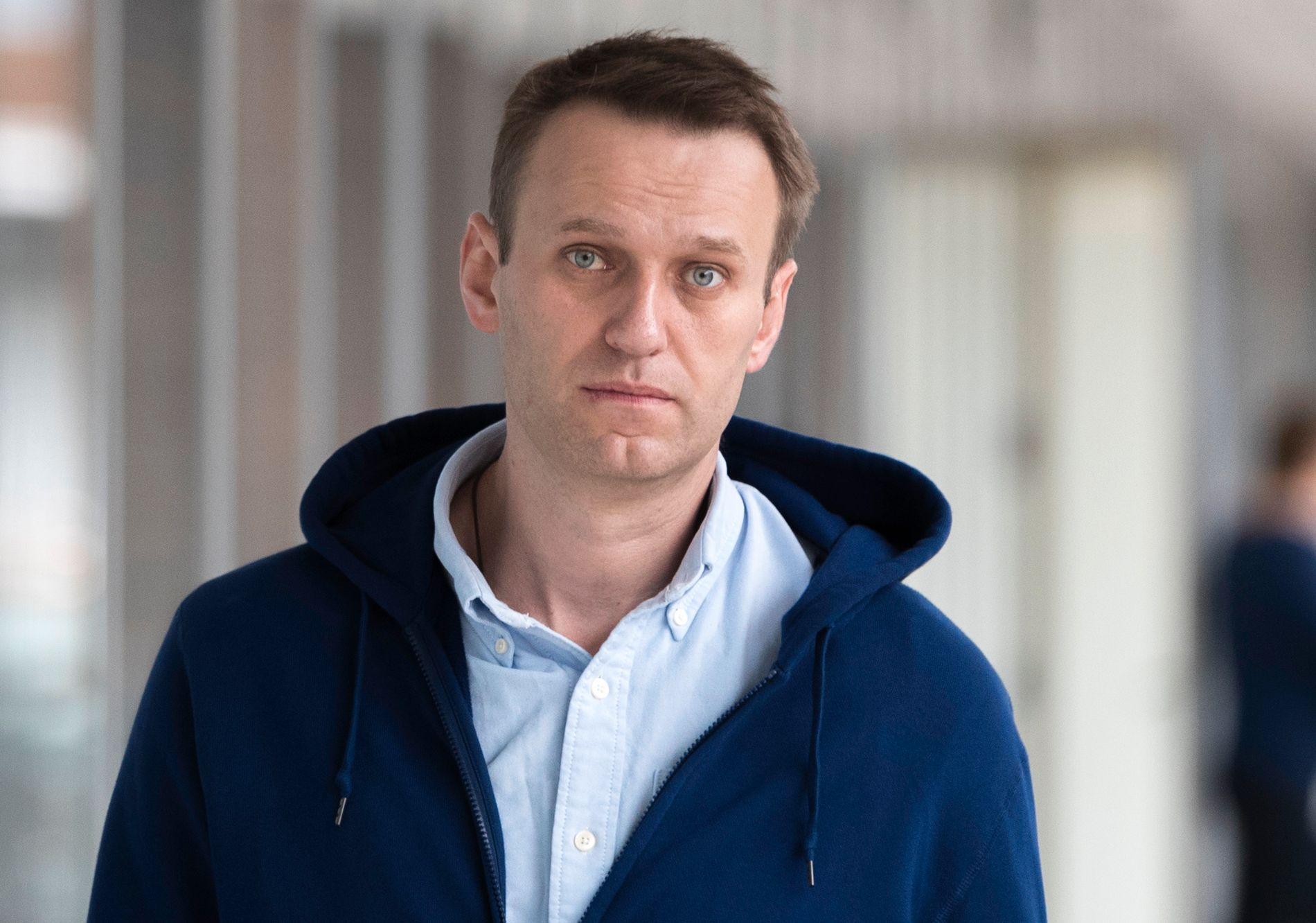 FRI MANN: Alexej Navalny la ut en video på sin Instagram-konto tidlig fredag der han sa det kom politimenn hjem til ham og ba ham bli med til en politistasjon.