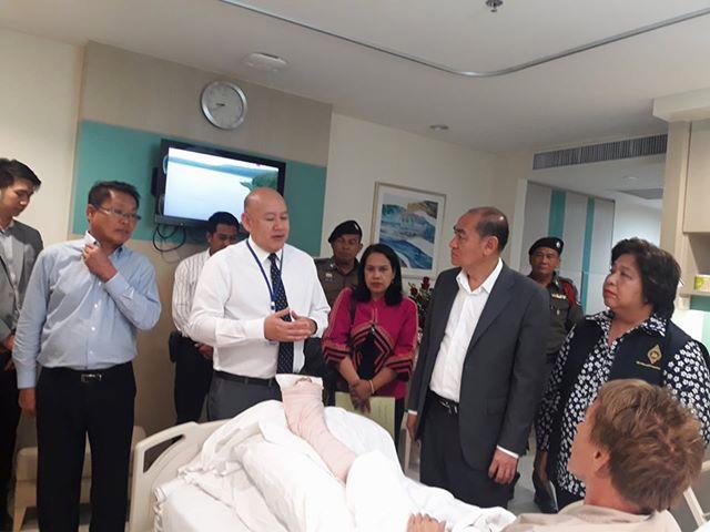 MANGE PÅ BESØK: Danielsen forteller at svært mange har vært på besøk på sykehuset for å forsikre seg om at det går bra med ham.