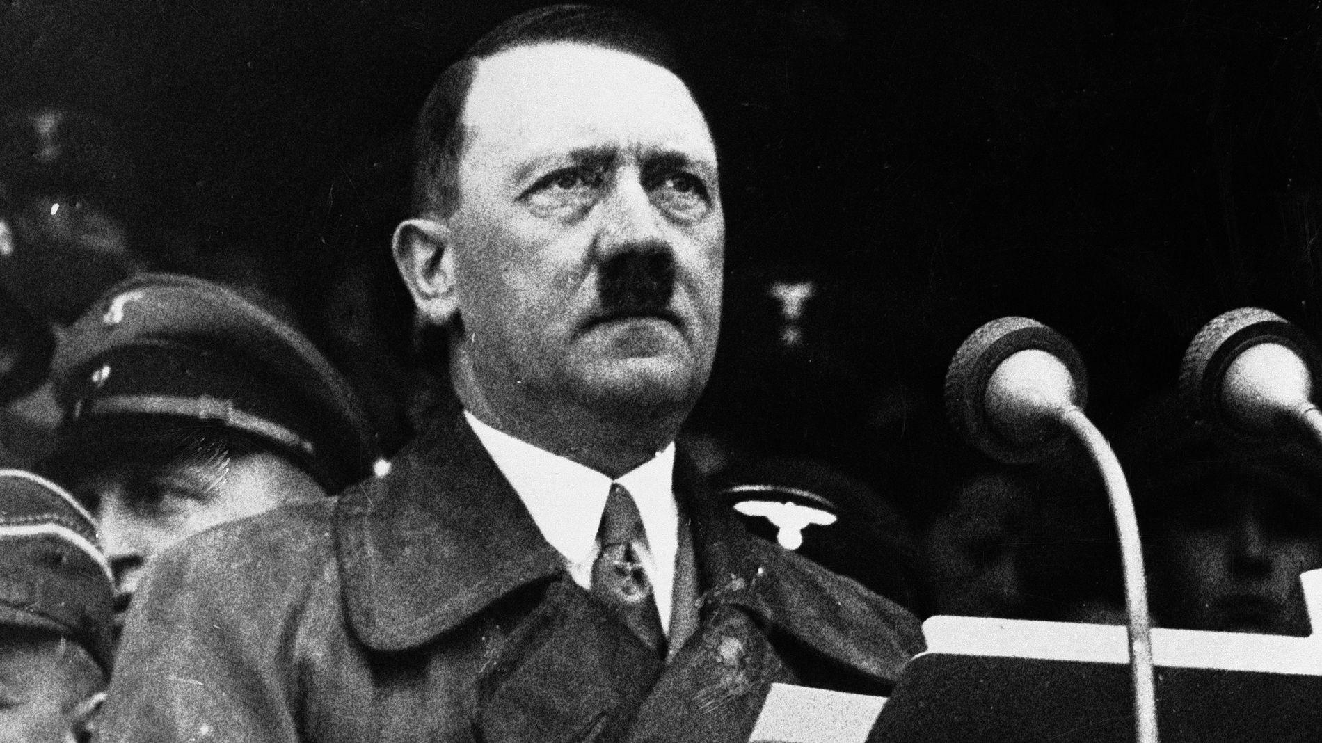 NAZILEDER: Adolf Hitler.