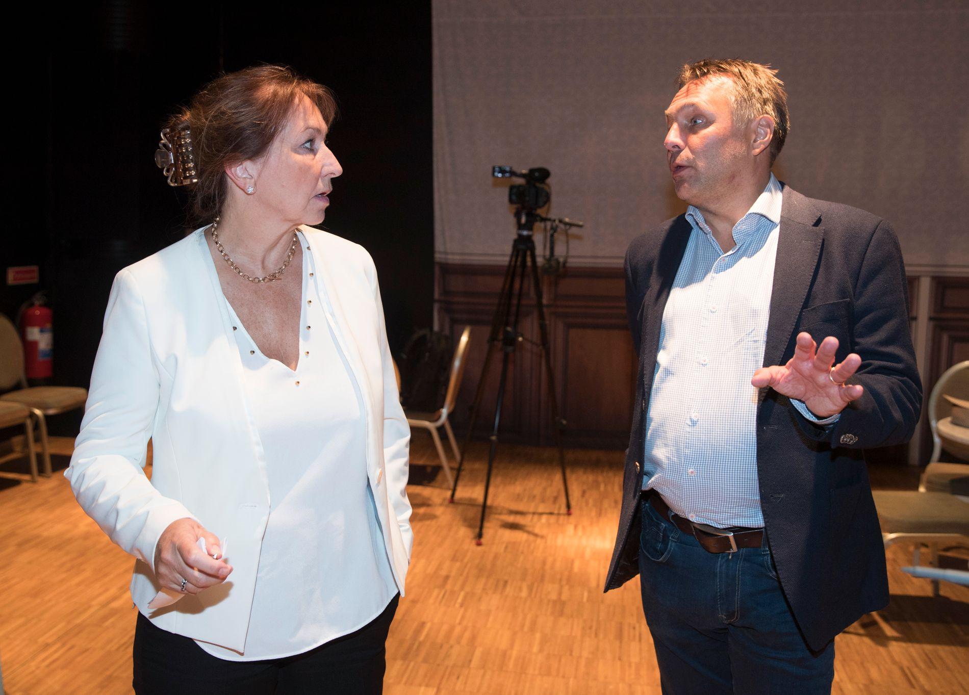 KS-leder Gunn Marit Helgesen og fylkesordfører Tore Sandvik i Trøndelag frykter hele regionreformen vil smuldre opp dersom tvangssammenslåingen av Troms og Finnmark oppheves.