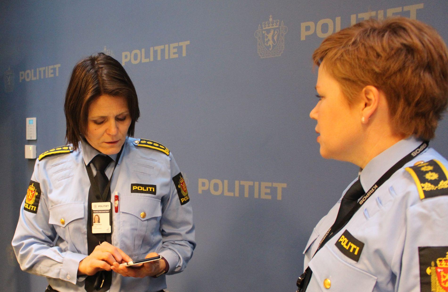 ETTERFORSKER VIDERE: Politistasjonssjef Anita Hermansen (t.v.) og politiadvokat Elin Norgård Strand informerte om saken mot den sedelighetssiktede samfunnstoppen på politihuset i Tromsø torsdag ettermiddag.,